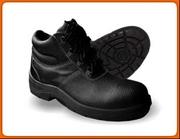 Реализуем обувь рабочую оптом и в розницу.