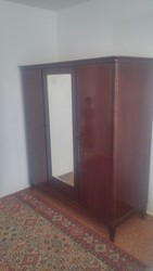 Антикварная мебель из красного дерева